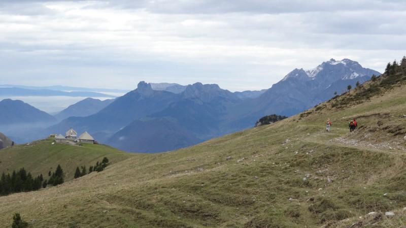 Les cahlets d'alpage de l'O de Seythenex (12h52)