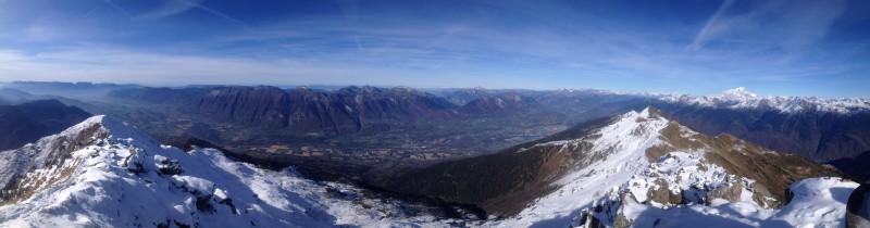 Panorama de la Chartreuse aux Bauges et au Mont Blanc